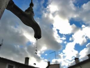 fontana-acqua-siccita[1]