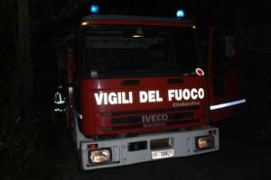 auto-panda-torrente-jacopo-vaniglia-verezzo-vigili-del-fuoco-notturna_161841