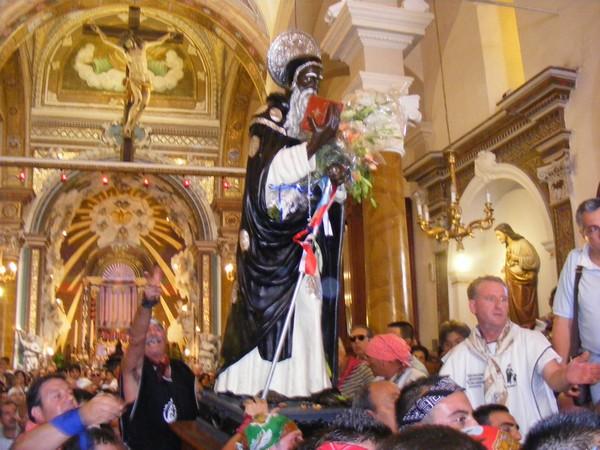 san-calogero-nella-navata